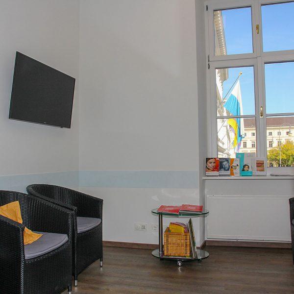 Wartezimmer in Hautarztpraxis in München am Odeonsplatz